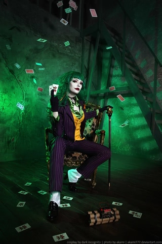 Joker by Dark Incognito (Batman) cosplay 6