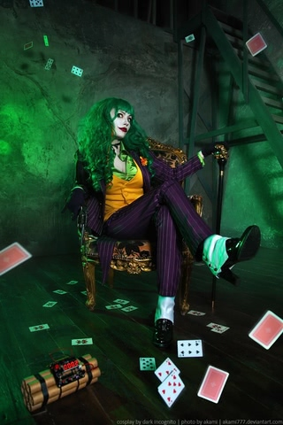 Joker by Dark Incognito (Batman) cosplay 8