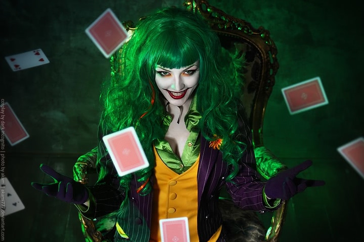 Joker by Dark Incognito (Batman) cosplay 9