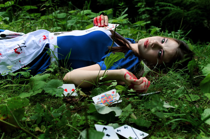 Alice by AnastasyaZelenova (Alice Madness Returns) cosplay 1