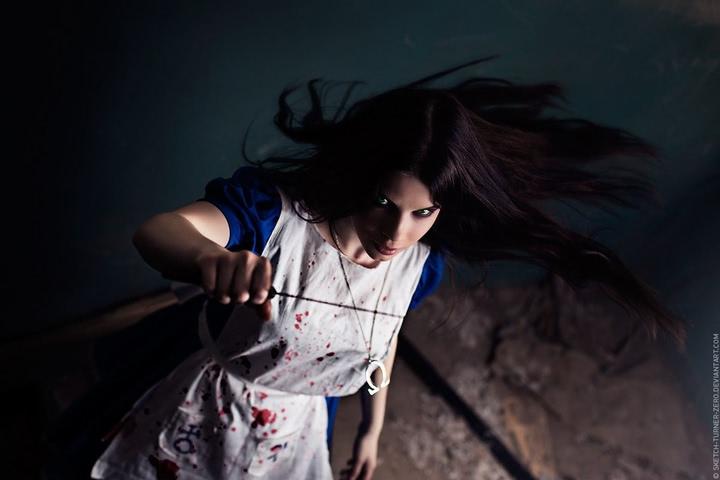 Alice by AnastasyaZelenova (Alice Madness Returns) cosplay 3