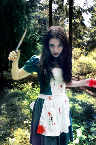 Alice by AnastasyaZelenova (Alice Madness Returns) cosplay 4