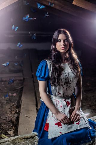 Alice by AnastasyaZelenova (Alice Madness Returns) cosplay 5