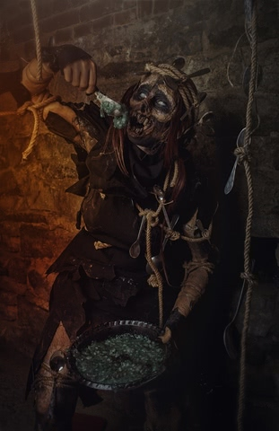 Spotted Wight by Samko_Cosplay (Witcher 3) cosplay 4