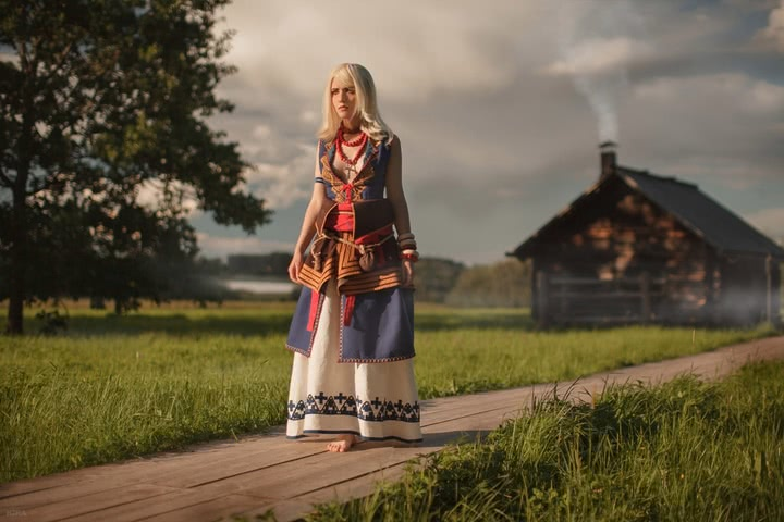 Keira Metz by Lyumos (Witcher 3) cosplay 1