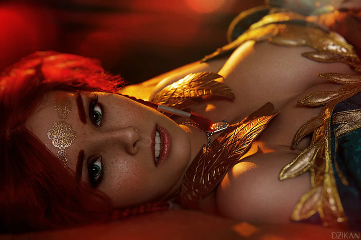 the_witcher_3___triss_merigold_cosplay_by_disharmonica-dar4zwf