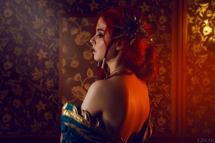 the_witcher_3___triss_merigold_cosplay_by_disharmonica-dar4zvx