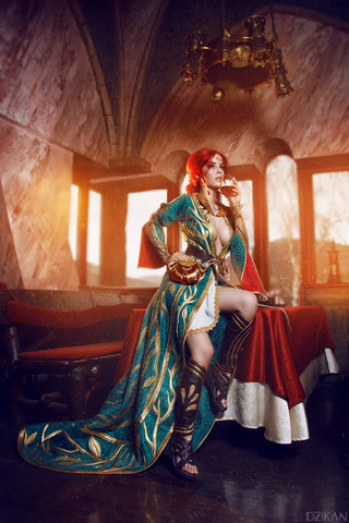 the_witcher_3___triss_merigold_cosplay_by_disharmonica-danx59m