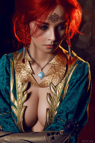 the_witcher_3___triss_merigold_cosplay_by_disharmonica-danx59f