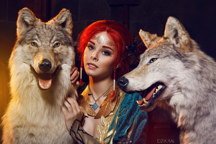 the_witcher_3___triss_merigold_cosplay_by_disharmonica-danx57r